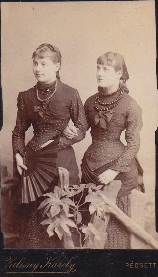 Grof Sarolta Margit és Grof Marica